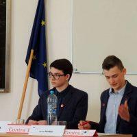 Jugend debattiert (17/90)