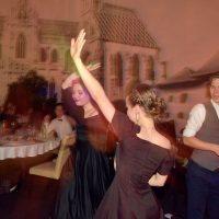 Maškarný ples (76/130)