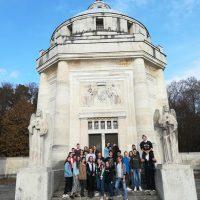 2.B na literárno-historickej exkurzii (20/23)
