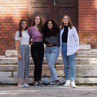 Začiatok školského roka 2021/2022 — skupinové fotografie (8/11)